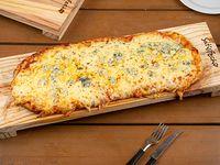 Pizzeta quattro formaggi (50x20 cm)