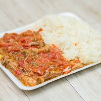 Martes - Matambre a la portuguesa con puré o arroz y pan
