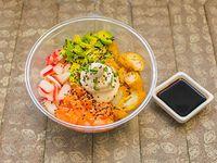 Ensalada Gohan de salmón y langostino