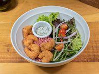 Ensalada de camarón tempura
