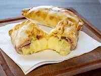 Empanada de roquefort con jamón (RJ)