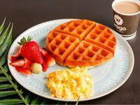 Desayuno con Waffles Grande