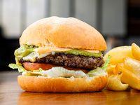 Bennet burger con guarnición