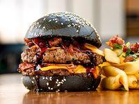 Toto  burger con guarnición