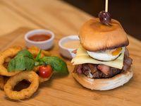 Eggplotion burger