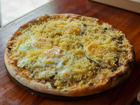 33 - Pizza especial alpinista