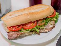 Sándwich de lomito de carne