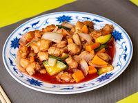 60 - Pollo frito con salsa agridulce