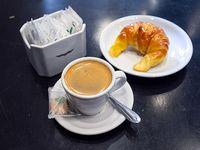 Combo - Café + medialuna