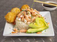 Base de arroz y camarón + palta + queso crema + sésamo o ciboulette +  3 o-nigiri