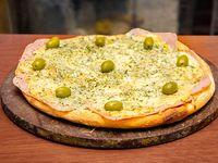 Pizza con roquefort y jamón