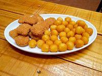 Nuggets con papas fritas