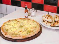 Promo 1 - Pizza muzzarella + 12 empanadas