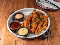 Chicken finger con trio de salsas