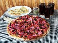 Promo n°3 -  Pizza familiar (3 ingredientes) + pan de ajo con queso + bebida 1.5 L