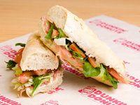 Sándwich gourmet serrano