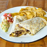 Burrito Super de Carne al Pastor + Nachos