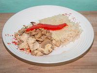 Supremitas de pollo al champignon con arroz blanco