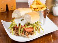 Sándwich de carne mechada chacarero