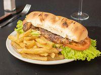 Sándwich de ojo de bife + papas fritas
