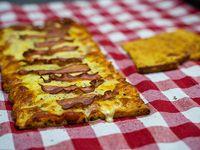 Promo 3 - 1/2 metro de pizza de muzzarella + 1 gusto con 1 fainá de regalo