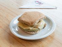 357 - Sándwich de soja con queso