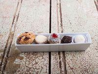 Variedad de  Masitas  dulces (100 g)