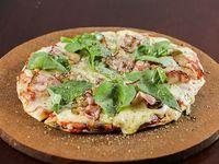 Pizzeta individual con muzzarella y 2 gustos