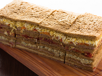 Sándwiches triples de miga (12 unidades)