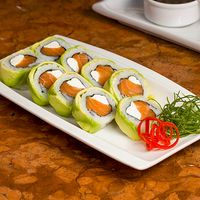 Avocado roll (9 bocados)
