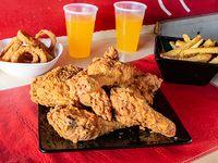 Combo 1 - 6 piezas de pollo + 2 acompañamientos