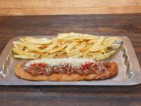 Suprema bolognesa con papas fritas (para 2 personas)