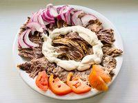 Shawarma o gyros de carne al plato