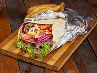 Shawarma con papas bravas