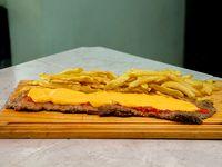 Milanesa cheddar con papas fritas (para 2 personas)
