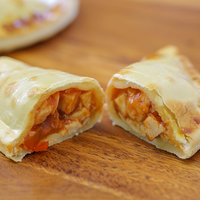 14 - Empanada de pollo a la salsa