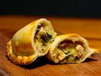 15 - Empanada de pollo con puerros