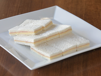 Sándwiches de Jamón y queso (8 unidades)