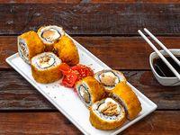 Hot roll con pollo teriyaki, palta, queso crema y pimentón