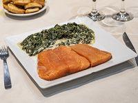 Promo 7 - Filet de salmón rosado con espinaca a la crema