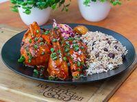Jerk Chicken Platter (MEDIO POLLO) + Acompañamiento