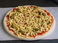 3 - Pizza muzzarella con aceitunas para hornear (8 porciones)