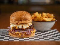 Burger Manchester City con papas fritas