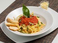 Pasta con Salsa Napoli