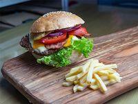 Mix break City burger con papas fritas