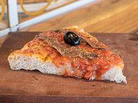 Pizza con anchoas (porción)