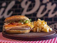 Combo Pirata - Burger pirata + papas fritas