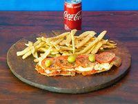 Combo - Suprema de pollo napolitana + Papas Rusticas + Coca Cola 220 ml
