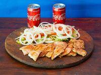 Combo - 2 Pechuga Grille + Ensalada mixta + 2 Coca Cola 220 ml