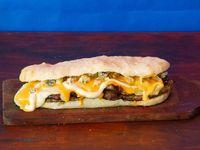 Sandwich Bondiolita 4 quesos